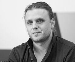 Piotr Woźniak-Starak i jego grób. Policja zdecydowała, co z miejscem pochówku