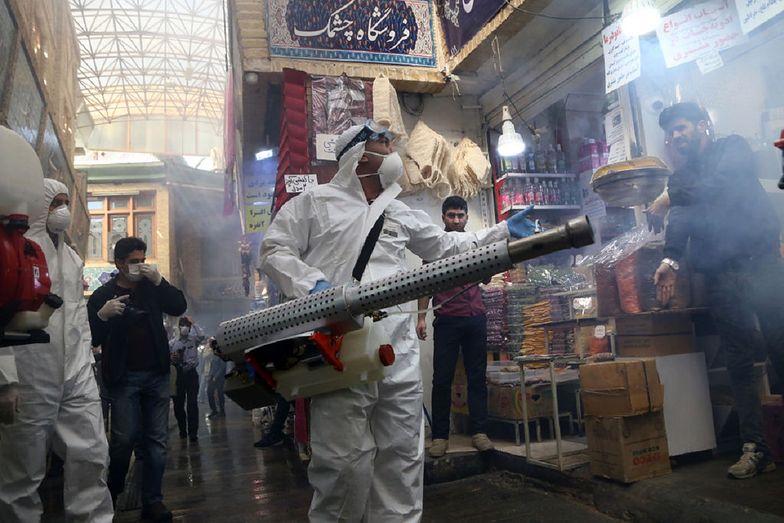 Iran szuka winnych koronawirusa. Oskarża dwa państwa