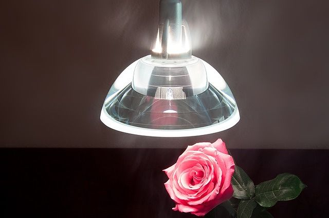 Uwaga na lampy emitujące promieniowanie UV