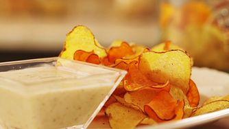 Sprawdzamy skład zdrowych chipsów. Kupisz je w wielu sklepach
