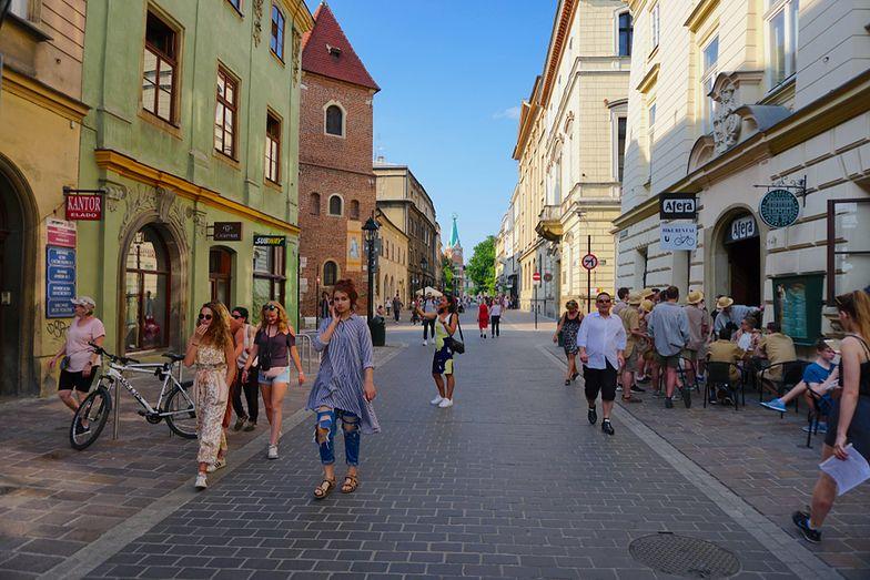 Dziesięć miast w Europie prosi o pomoc w walce z Airbnb. Wśród nich jest Kraków