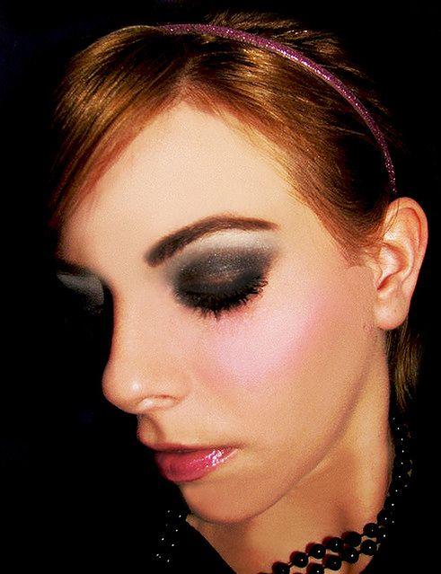 Makijaż smoky eyes