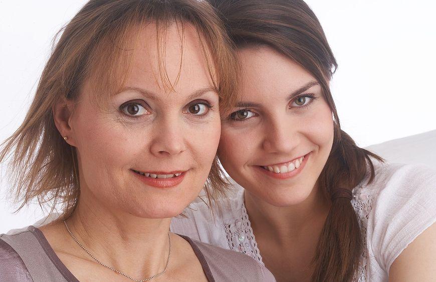 Relacje między matką i córką