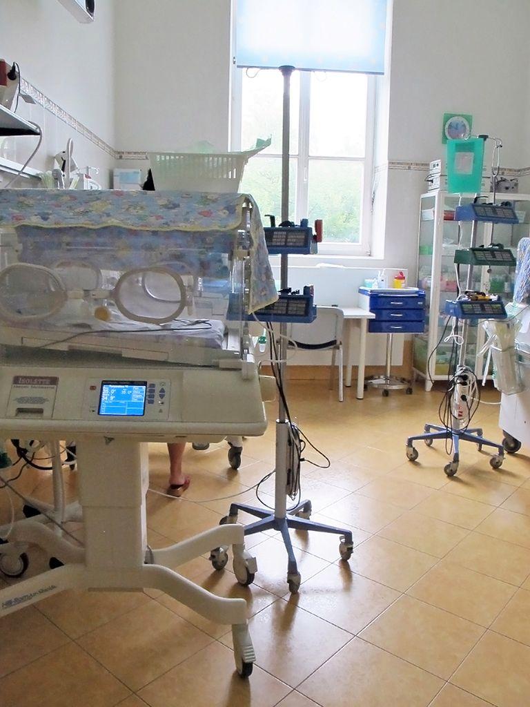 Sala porodowa z inkubatorem