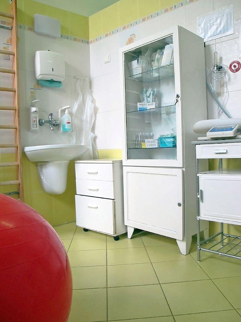 Wyposażenie sali porodowej w szpitalu