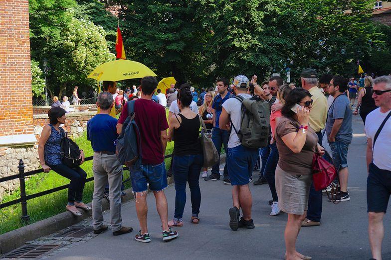 Turyści stają się dla Krakowian coraz bardziej uciążliwi i zaczynają budzić negatywne emocje
