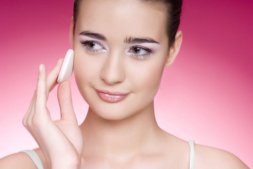 Usuwanie kosmetyków i oczyszczanie