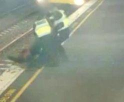 Kamera nagrała chwile grozy. Uratowali kobietę sekundy przed nadjeżdżającym pociągiem