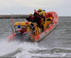 Dźwirzyno. Rodzina z 9-latkiem uratowana z Bałtyku