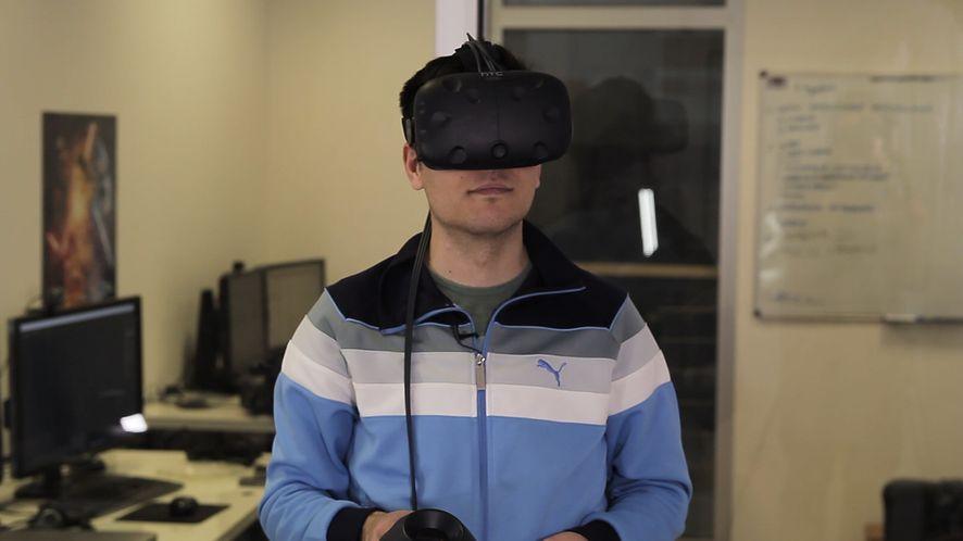 """Pierwsze chwile z HTC Vive - """"iPhonem wśród gogli VR"""" [wideo]"""