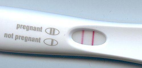 Dwie kreski na teście ciążowym