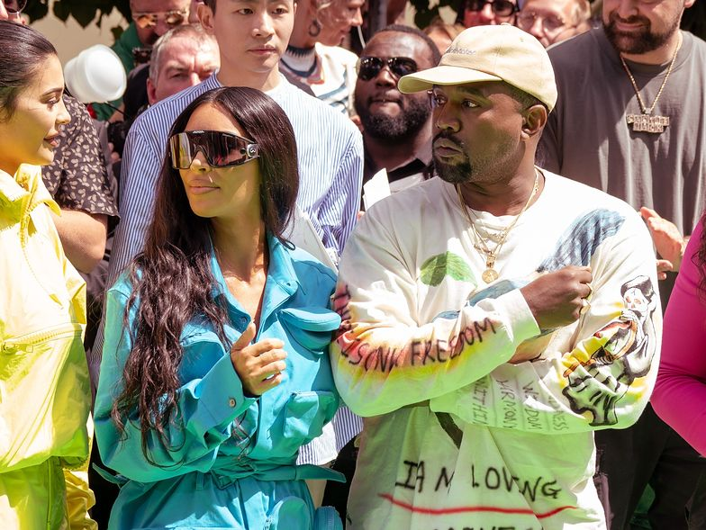 Kim Kardiashan i Kanye West spodziewają czwartego dziecka za pośrednictwem surogatki