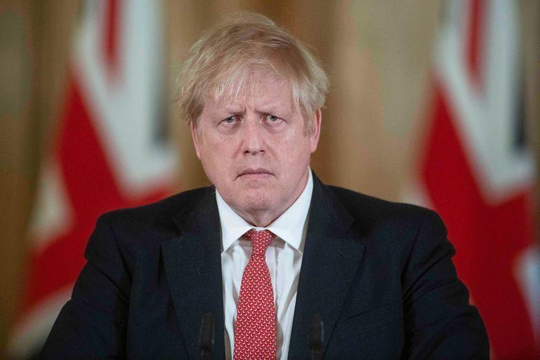 Koronawirus na świecie. Boris Johnson, premier Wielkiej Brytanii, wciąż ma objawy koronawirusa
