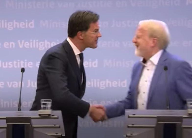 Koronawirus. Premier Holandii złamał zasadę bezpieczeństwa
