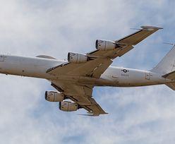Samolot miał przetrwać wojnę nuklearną. Boeinga pokonał ptak