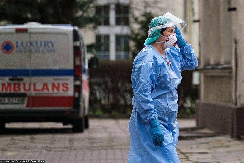 Pracownicy medyczni stanowią dużą część zakażonych koronawirusem osób.