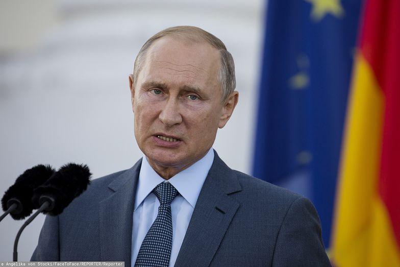 """Rosja. Władimir Putin wybiela Stalina? """"Nie zhańbił się przez osobiste spotkanie z Hitlerem"""""""