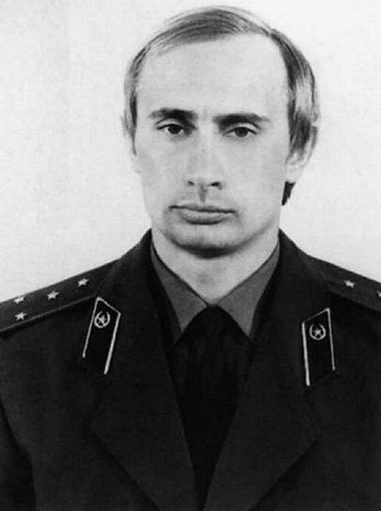 Niemcy odszukali legitymację Stasi Władimira Putina