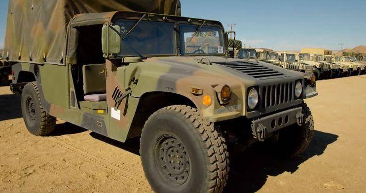 Hummer uratowany z wojskowego cmentarza zwiedzi cały świat