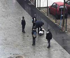 Pobił dziecko na rynku w Pucku.  Policja pokazuje twarz mężczyzny