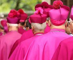 Wiesz, jak tytułować duchownych?