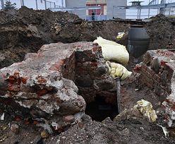 Remontowali w więzieniu stare rury. Znaleźli zamek