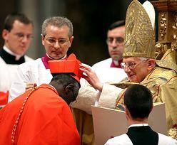 """Benedykt XVI broni celibatu w nowej książce. """"Nie możemy dać się zastraszać"""""""