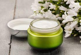 Dowiedz się, jakie są właściwości lipidów w kosmetykach