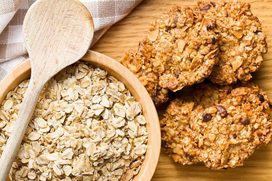 Z płatków owsianych można upiec dietetyczne ciasteczka