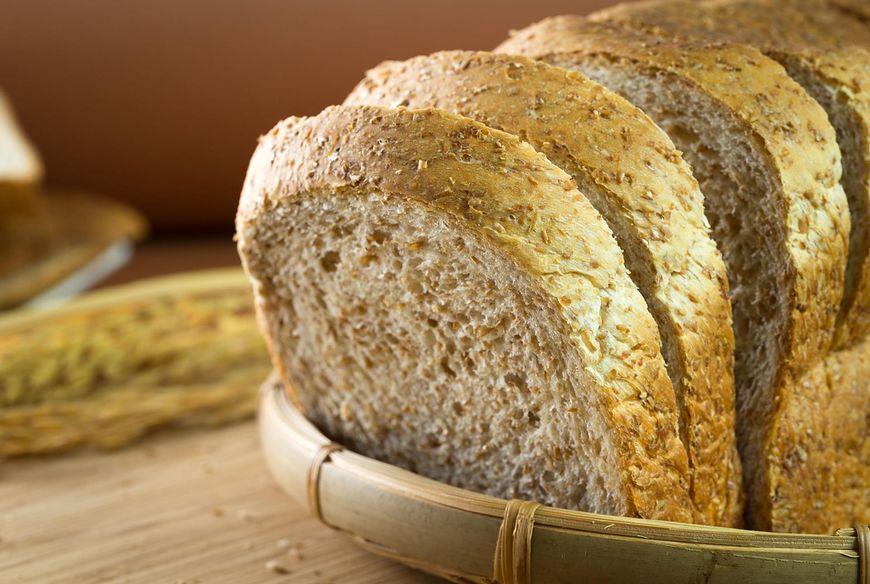 Chleb wieloziarnisty jest bardzo zdrowy (PMS)
