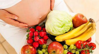 Co pić w ciąży, by uniknąć odwodnienia?