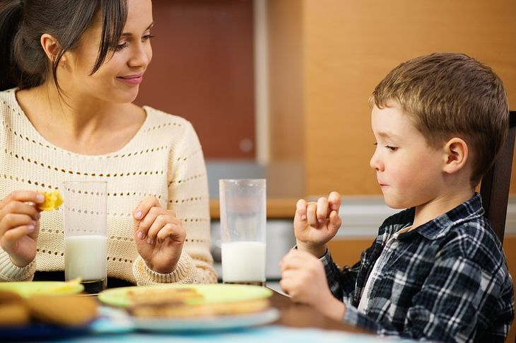 Pomysłowe śniadanie dla ucznia