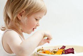Raport: owoce i warzywa zawierają substancje szkodliwe dla zdrowia