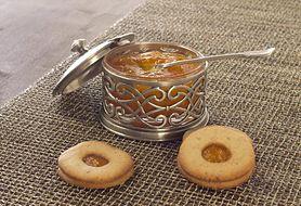 Wykorzystaj domowe przetwory i upiecz pyszne ciasteczka z konfiturą