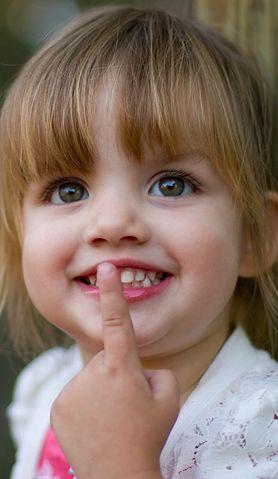 Czy moje dziecko rozwija się zbyt wolno, czyli jak powinna wyglądać mowa dwulatka