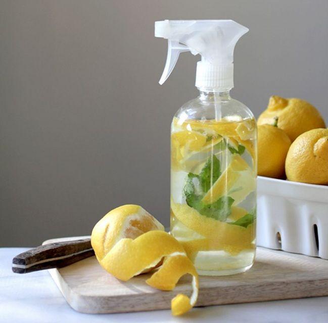 Spray do czyszczenia