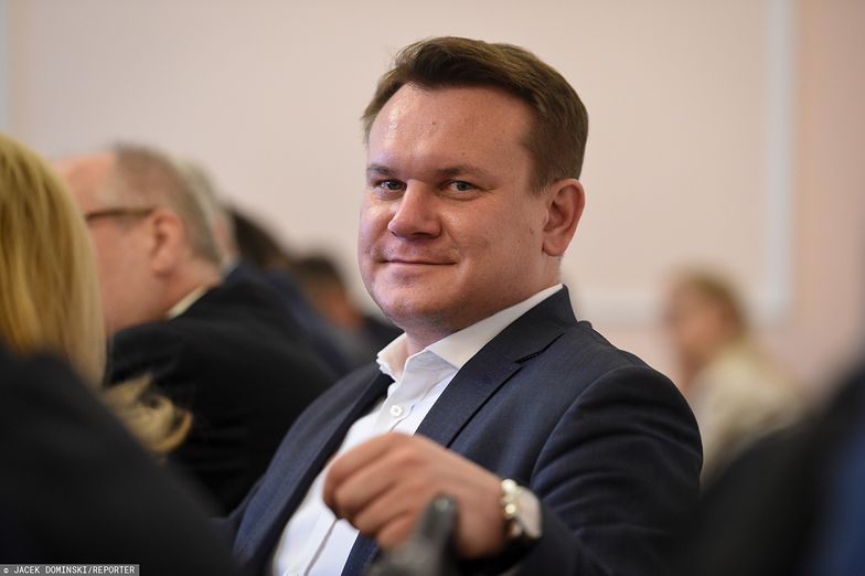 Wyniki wyborów parlamentarnych 2019. Dominik Tarczyński ma powody do zadowolenia
