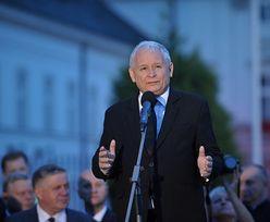 87. miesięcznica smoleńska. Kaczyński: będziemy kontynuowali swój marsz aż do momentu, kiedy staną pomniki