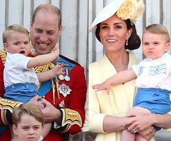 Najmłodsze dziecko Kate i Williama spacerowało z nianią po londyńskim muzeum. To już duży chłopak