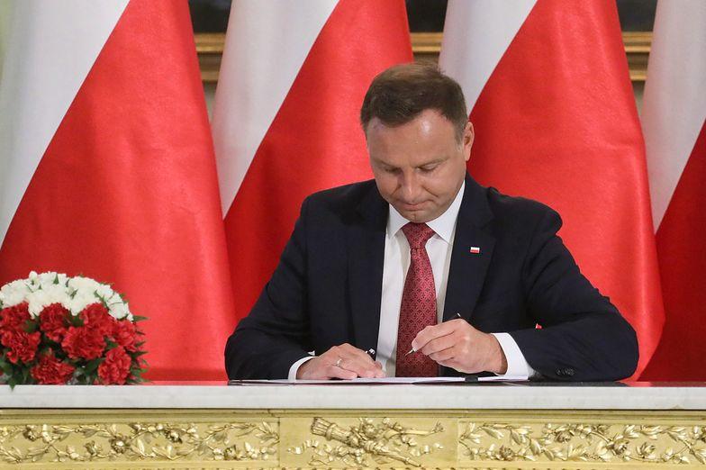 Prezydent Andrzej Duda podpisał ustawę znoszącą podatek od wydobycia węglowodorów