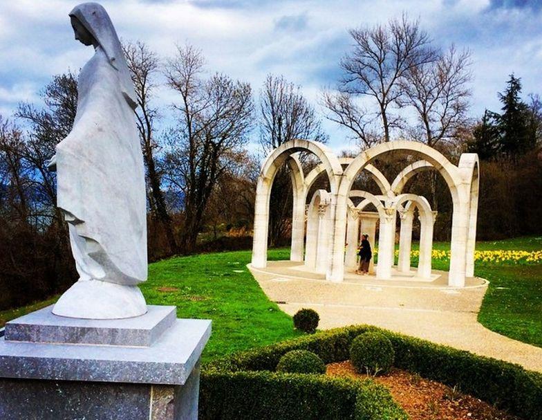 Muszą usunąć posąg Maryi Dziewicy. Narusza świeckość państwa