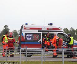 Wypadek na autostradzie A4. Zderzenie busa z samochodem osobowym