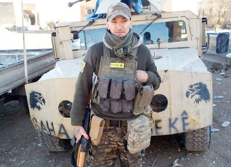 28-letni Aidan James walczył z oddziałem Kurdów przeciwko ISIS w Syrii.