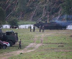 Rytel: wojsko tylko pozoruje pomoc?