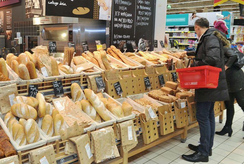 Markety i piekarnie masowo wprowadzają w błąd w sprawie pochodzenia pieczywa