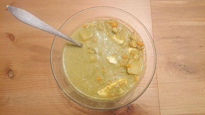 Zupa z kiszonego szczawiu