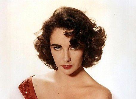 Elizabeth Taylor zmarła z powodu choroby serca
