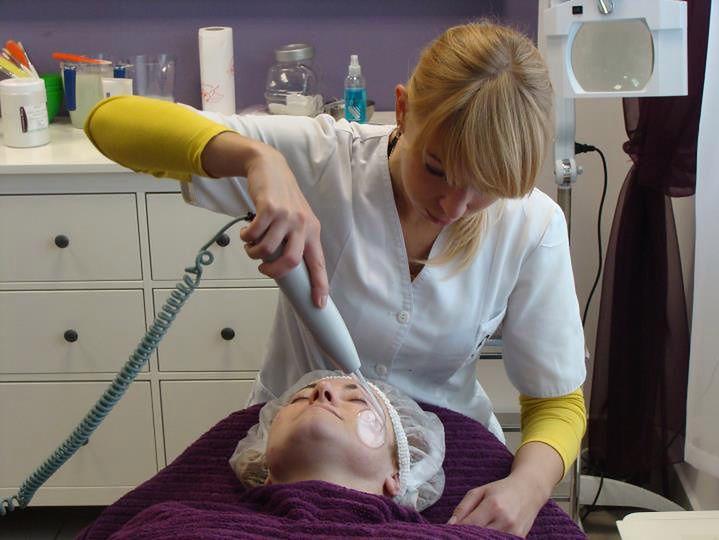 Nauka oczyszczania twarzy