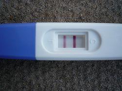Czy test ciążowy wykryje ciążę pozamaciczną?