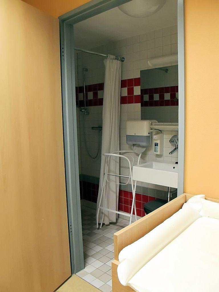 Łazienka szpitalna